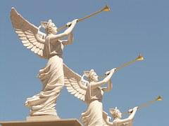 angel statues w trpt